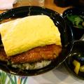 料理メニュー写真鰻玉丼(香の物・肝吸)