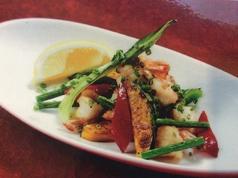 ぷりぷり海老と彩り野菜の塩ダレ炒め
