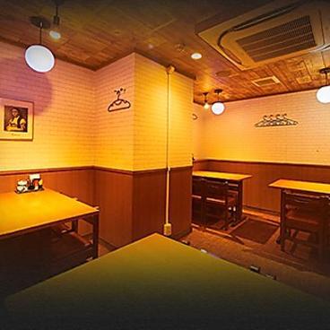 唐揚げ 串カツ酒場 東大赤門前店の雰囲気1