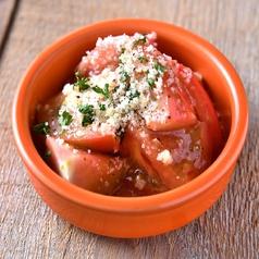 冷やしトマトのガーリックマリネ