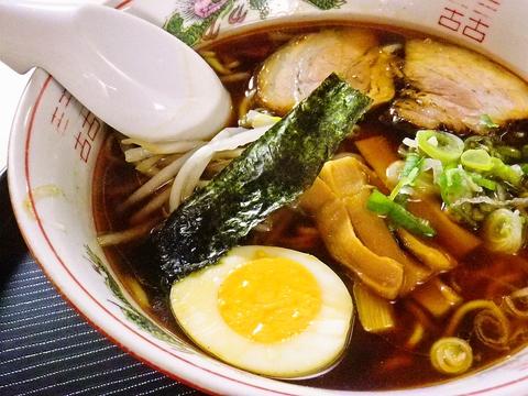 麺、スープ、餃子にいたるまで全てが愛情こもった手造り。中津川で愛され続ける店。