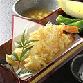 料理メニュー写真海老のアーモンド揚げ