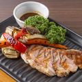 料理メニュー写真イベリコ豚ステーキ