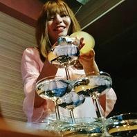 日~木は【シャンパンタワー】のサービスが!