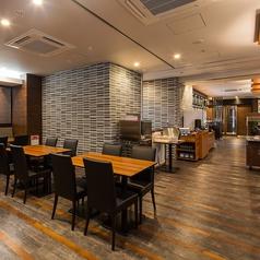 ステーキ&ハンバーグ 匠 アパホテル新宿御苑前の雰囲気1