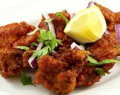 """南インドの鶏からあげ""""チキン65"""""""