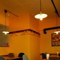 店内の照明環境にこだわり有☆お食事に丁度良い光加減を意識した調光設備で最適空間を演出しています