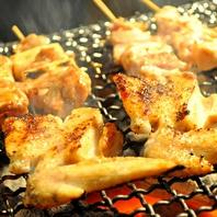 本格炭火焼で仕上げる多彩な串焼き☆