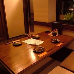 4名個室席。宴会やおもてなしの席におすすめの特等席です。
