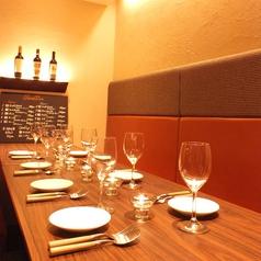 店内奥のテーブル席を繋げて8~10名様程の宴会に♪