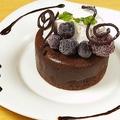 料理メニュー写真フォンダンショコラバニラアイス添え/ホットアップルパイバニラアイス添え