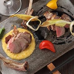 ラムチョップステーキ 酒粕とバルサミコ二種のソース