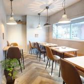 総席数12席の店内はカフェ風のモダンな雰囲気が魅力です♪貸切も可能ですのでお気軽にお問合せください☆