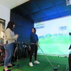 71 GOLF&CHICKENDINING ゴルフ&チキンダイニング 町田の雰囲気1