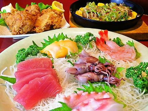 新鮮な魚貝類と、オリジナル料理が自慢のお店♪気軽な1人呑みも、大小宴会もOK!