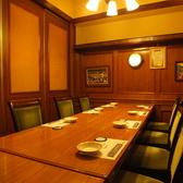 豪華客船の中のような店内、宴会、食事会に