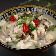 中国の家庭料理の定番!白身魚と高菜の辛味煮込み鍋