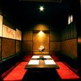 各種ご宴会コースは、4800円、5300円、6000円の3種をご用意!ご宴会、接待、会食などのご宴会コースと共に、落ち着いた雰囲気の個室も是非ご活用下さい。個室は【2名様~6名様のテーブル半個室】×4室【12名様までご利用可能なテーブル席半個室】×1室をそれぞれご用意しております。