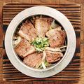 料理メニュー写真≪ツムラ本店 河内鴨≫鴨ネギの釜飯