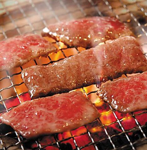 焼肉食べ飲み放題!100%添加物不使用の自然肉を食べ放題で堪能できる焼肉店!