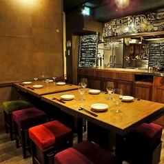 ご利用人数に合わせてレイアウトが可能なテーブルのお席です。人数様はもちろんお料理のご相談も承りますので、お気軽に店舗までお問い合わせください!