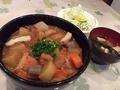 料理メニュー写真薩摩カレー丼