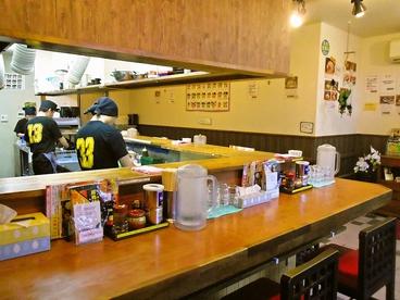 川出拉麺店の雰囲気1