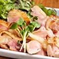 料理メニュー写真比内地鶏の炭火焼き