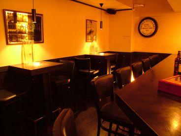 Y's Bar ワイズ バーの雰囲気1