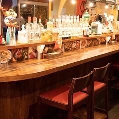 【デートに最適!】カウンター席・ハイチェアテーブル席・テーブルソファー席をあらゆるシーンにお好みのお席をどうぞ!