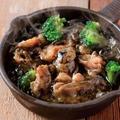 料理メニュー写真鶏ハラミの炭アヒージョ