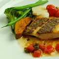 料理メニュー写真真鯛のポワレ 春野菜のソース