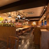 神田の肉バル ランプキャップ RUMP CAP 三宮店の雰囲気2