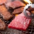 焼肉食べ放題では、選りすぐりの上質肉をご提供!特にプレミアムコースには、「特選もも肉のローストビーフ」や「特選牛炙り寿司」、名物「王道ステーキ」など食べていただきたい逸品を豊富にご用意しています◎サムギョプサルや海鮮盛合せ、石焼ビビンバなども存分にお楽しみください♪
