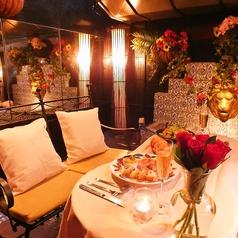 ◆プライベート空間☆カップルシート◆店外にあるので、他のお客様を気にせずお食事ができます♪秋葉原でのデート、誕生日・記念日などでご利用ください。メッセージ付きデザートプレートもご用意可能です☆