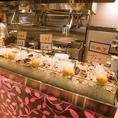 【ライブ感のあるカウンター♪】新鮮な牡蠣に舌鼓!新鮮な生牡蠣を取りそろえております!