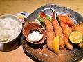 料理メニュー写真カキフライと大海老フライセット