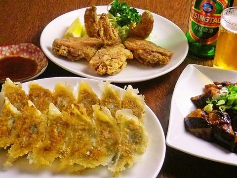 長年修業を積んできた店主が満を持して提供する、数々の美味しい料理が楽しめるお店。