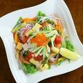 料理メニュー写真シーフードサラダ