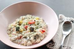 季節の野菜とチーズの玄米リゾット