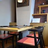 テーブルタイプのお席もご用意しております。