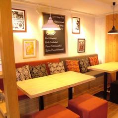プラスサンキュウ +39 ITALIAN CAFE&BAKERYの雰囲気1