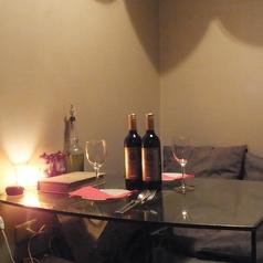 デートや女子会にお勧めの個室は記念日やバースデーにぴったり、周りを気にせずゆったり楽しめます♪4名個室は1室なので予約がおすすめです!