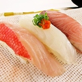 料理メニュー写真《握り》地魚三貫