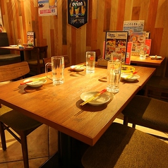 《テーブル席》4人掛けテーブル!!合コン/女子会/宴会/デート/などにぴったり♪各種宴会は天王寺MIOにある沖縄食堂ハイサイで決まり☆に◎