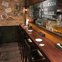 ◆デート向けカウンター◆落ち着きのあるプライベートな空間で当店自慢のお料理をごゆっくりとお愉しみください。特別な時間を過ごしてみてはいかがでしょうか?誕生日や記念日にも