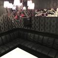とてもスタイリッシュでオシャレなソファー席個室は各種ご宴会や合コンにもぴったり!!盛り上がること間違いなし!!!