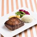 料理メニュー写真和牛REDステーキ