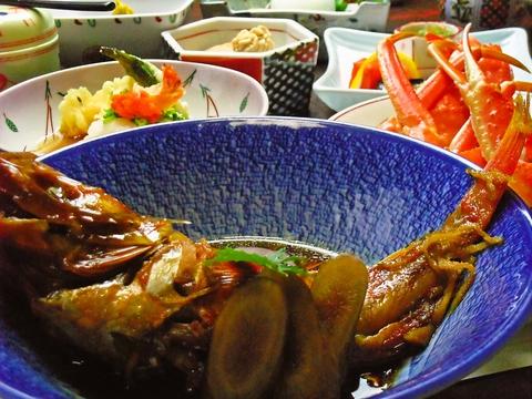 心のこもった手作り料理が味わえるお店。遠州灘直送の新鮮な魚で色々な味が楽しめる。