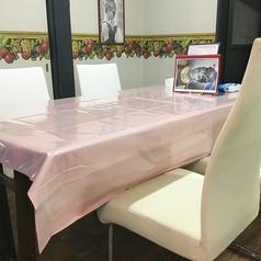 4名様 南テーブル